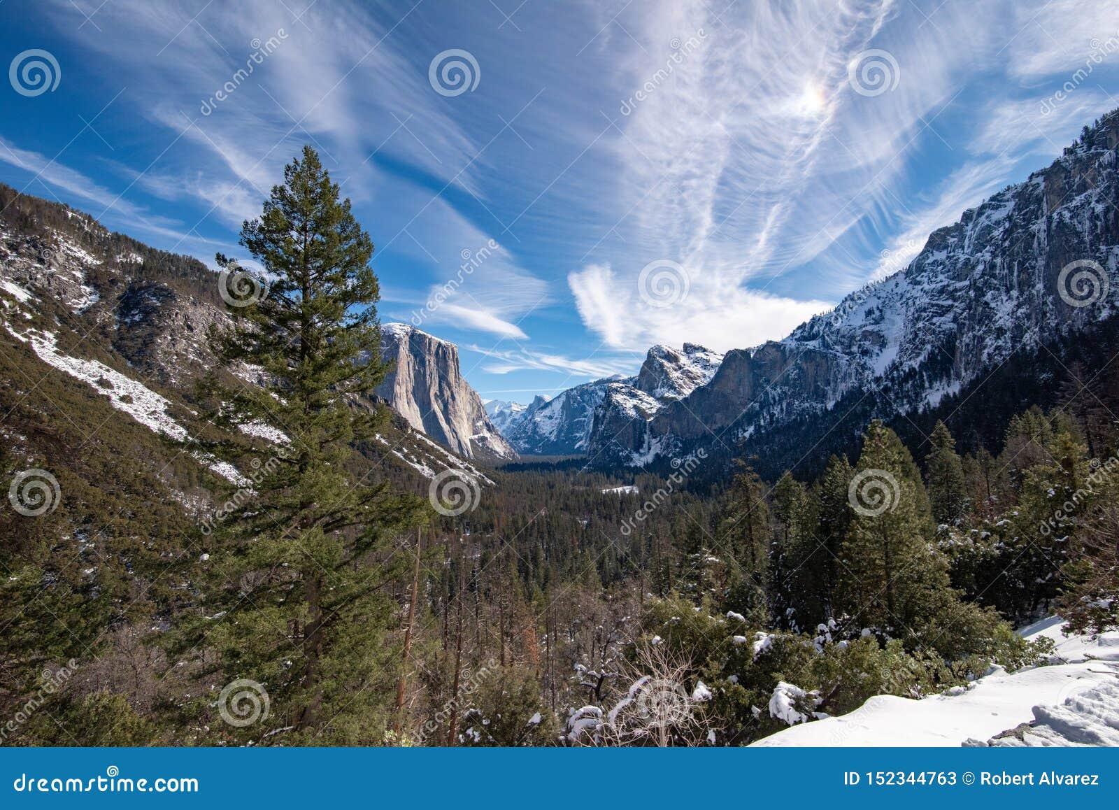 Vue de paysage de la vallée de Yosemite