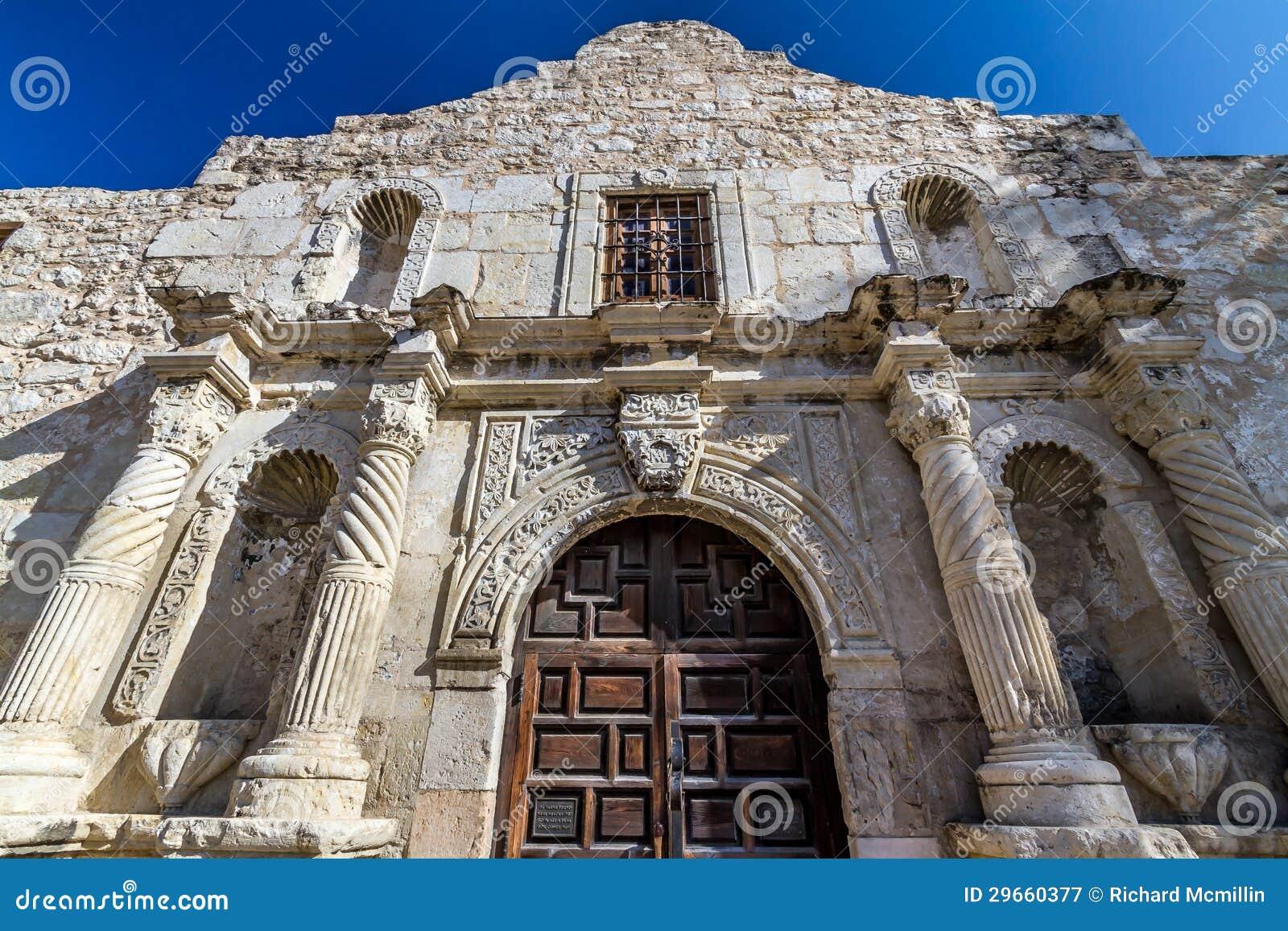 Vue de plan rapproché de l entrée vers Alamo célèbre, San Antonio, le Texas.