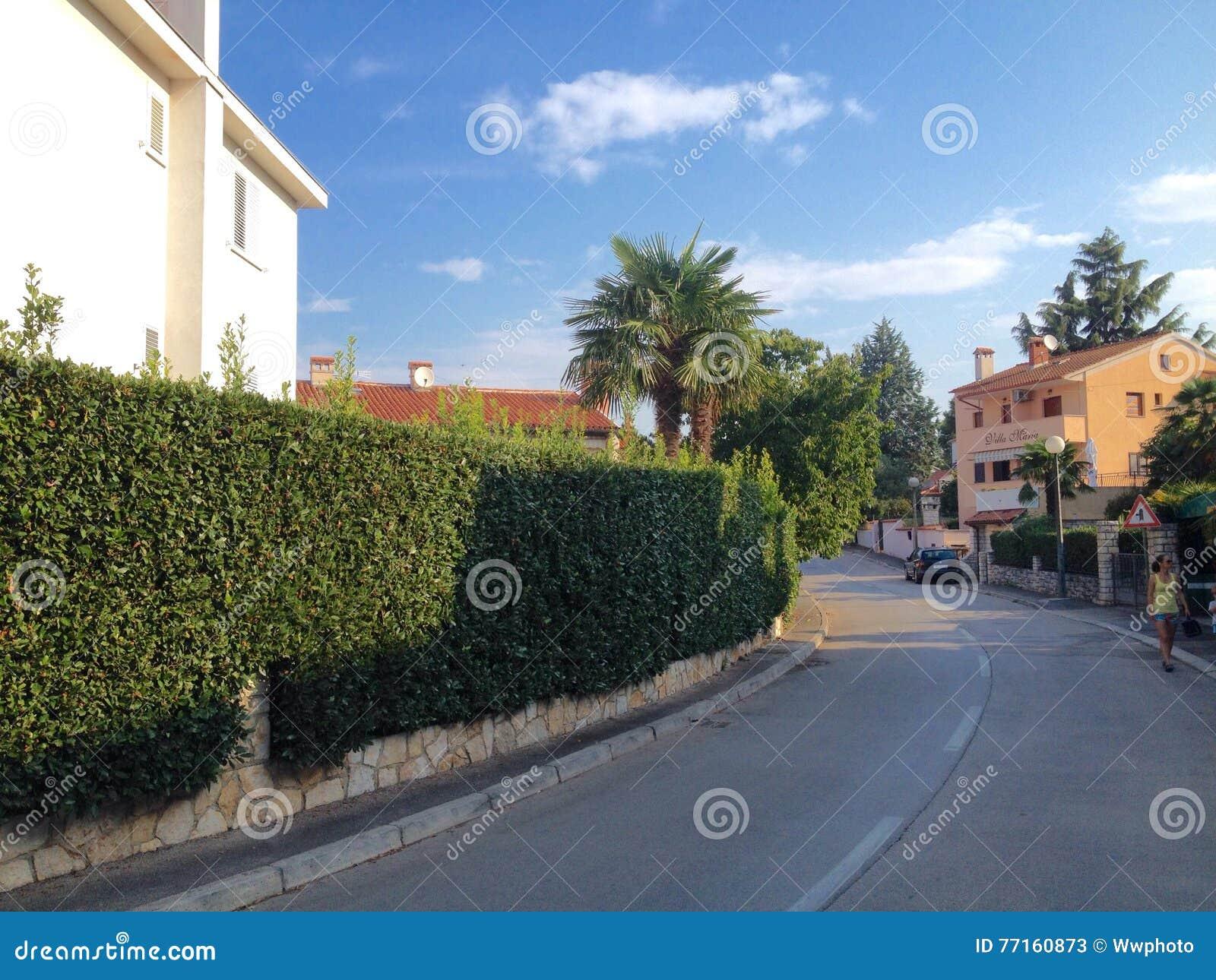 Vue de ville de Roviny