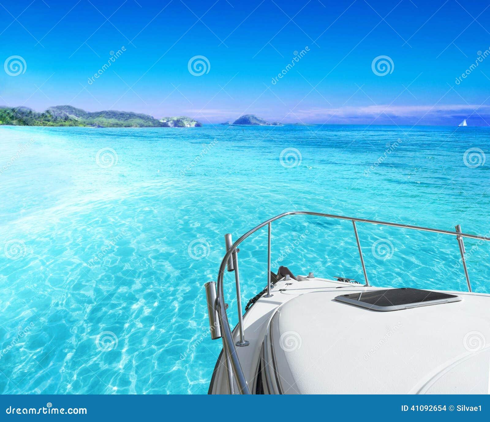 Vue de yacht