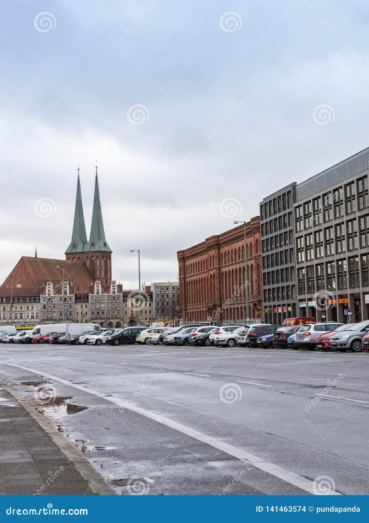 Vue du Nikolaikirche de Grunerstrasse