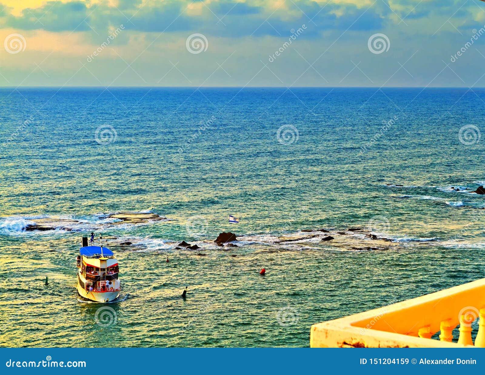 Vue du vieux Jaffa vers la mer Méditerranée