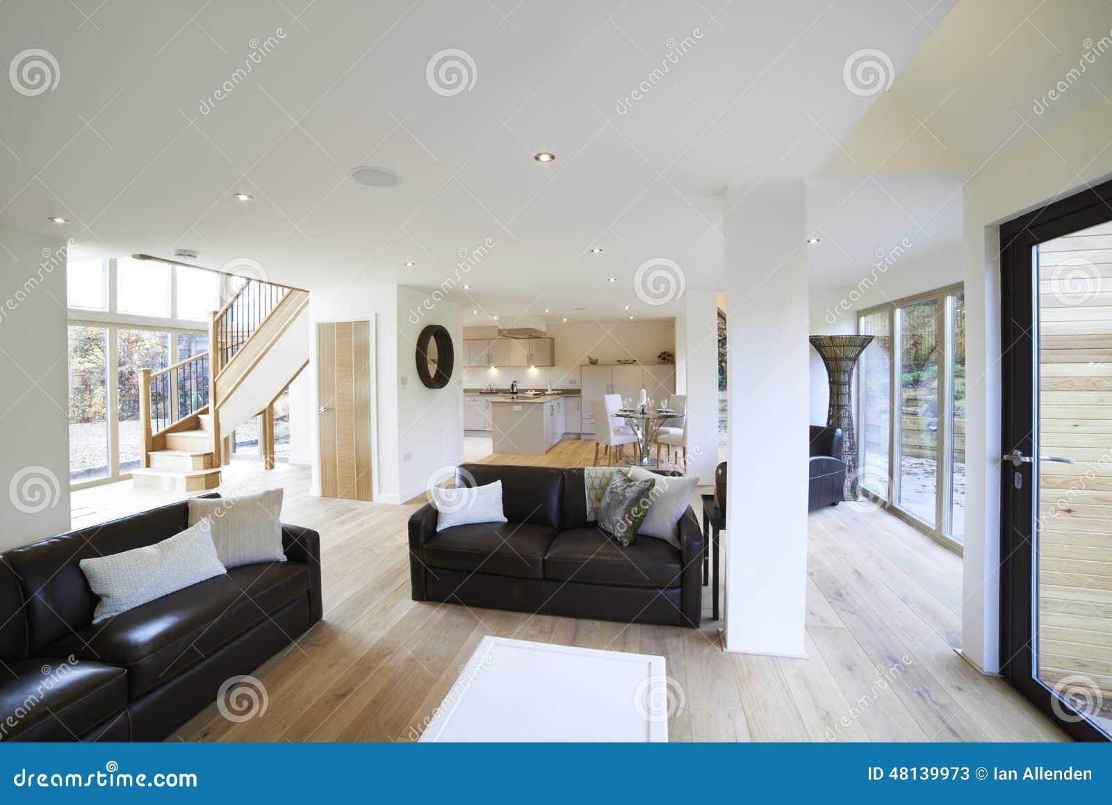 Vue int rieure de beau salon de luxe et de salle manger photo stock image - Salon simple et beau ...