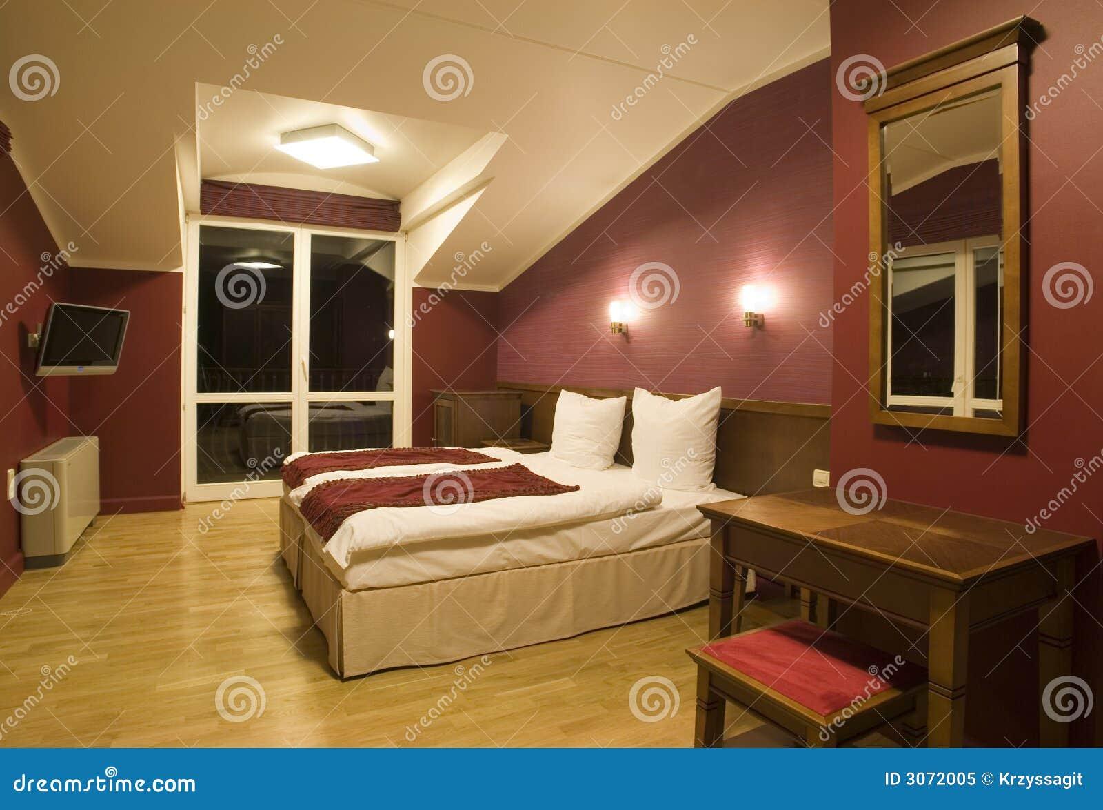 Vue moderne de chambre coucher photo libre de droits for Chambre libre