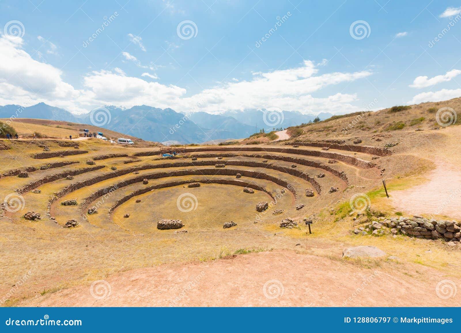 Vue panoramique Cuzco Pérou de site archéologique de Moray