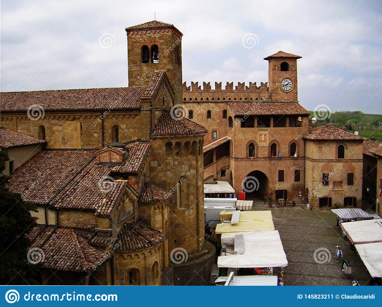 Vue panoramique sur Castell'arquato, Plaisance, Italie