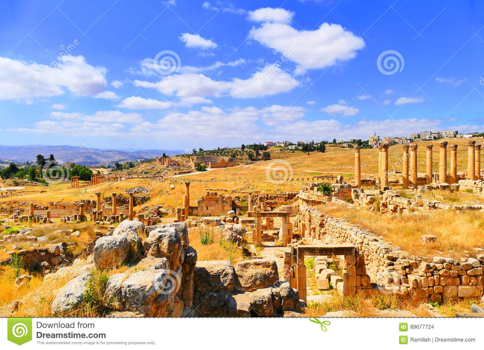 Vue scénique de beau paysage Roman Archaeological Ruins antique dans Roman City historique de Gerasa dans Jerash, Jordanie