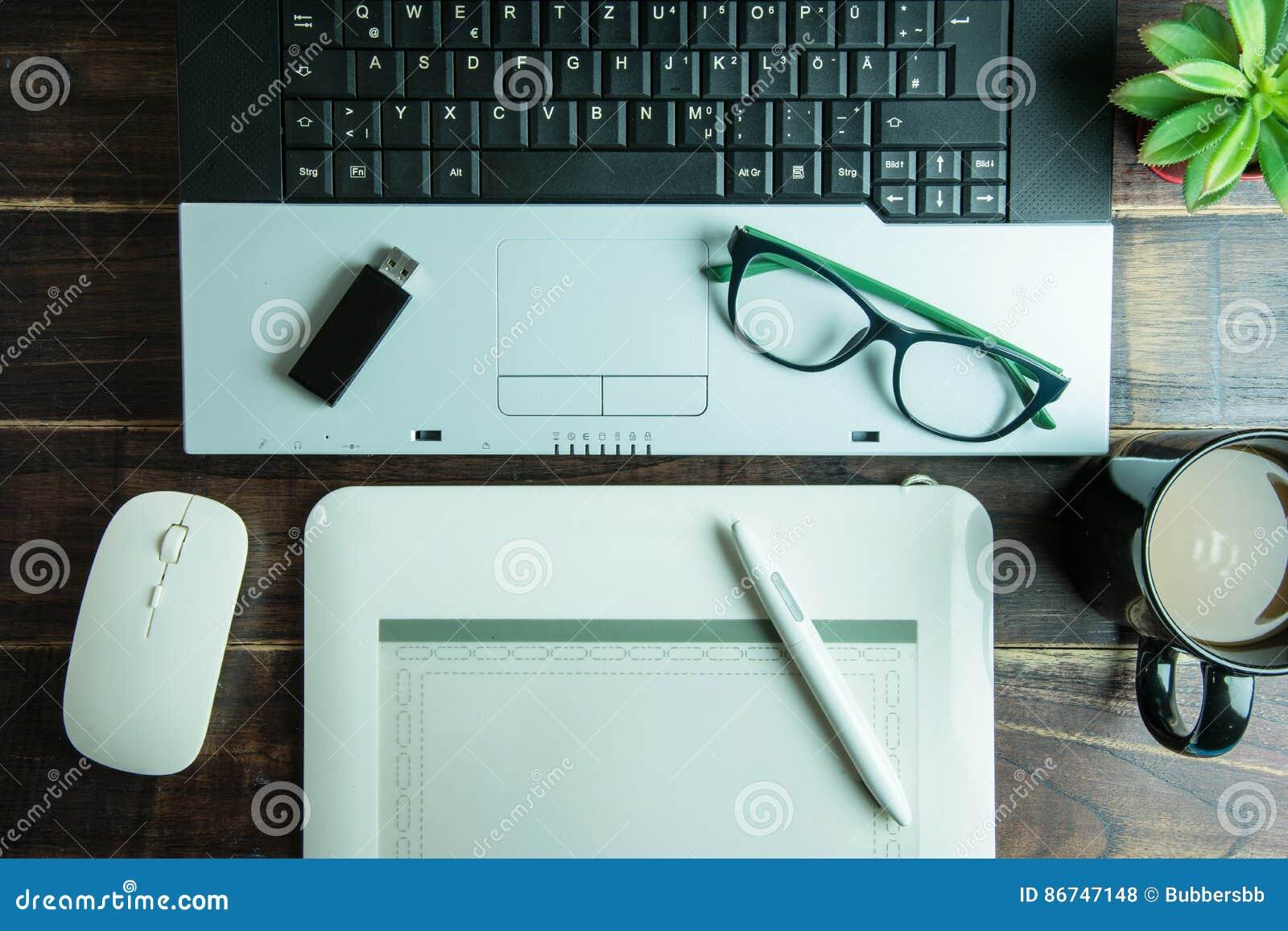 Vue supérieure de conception graphique de substance de bureau avec