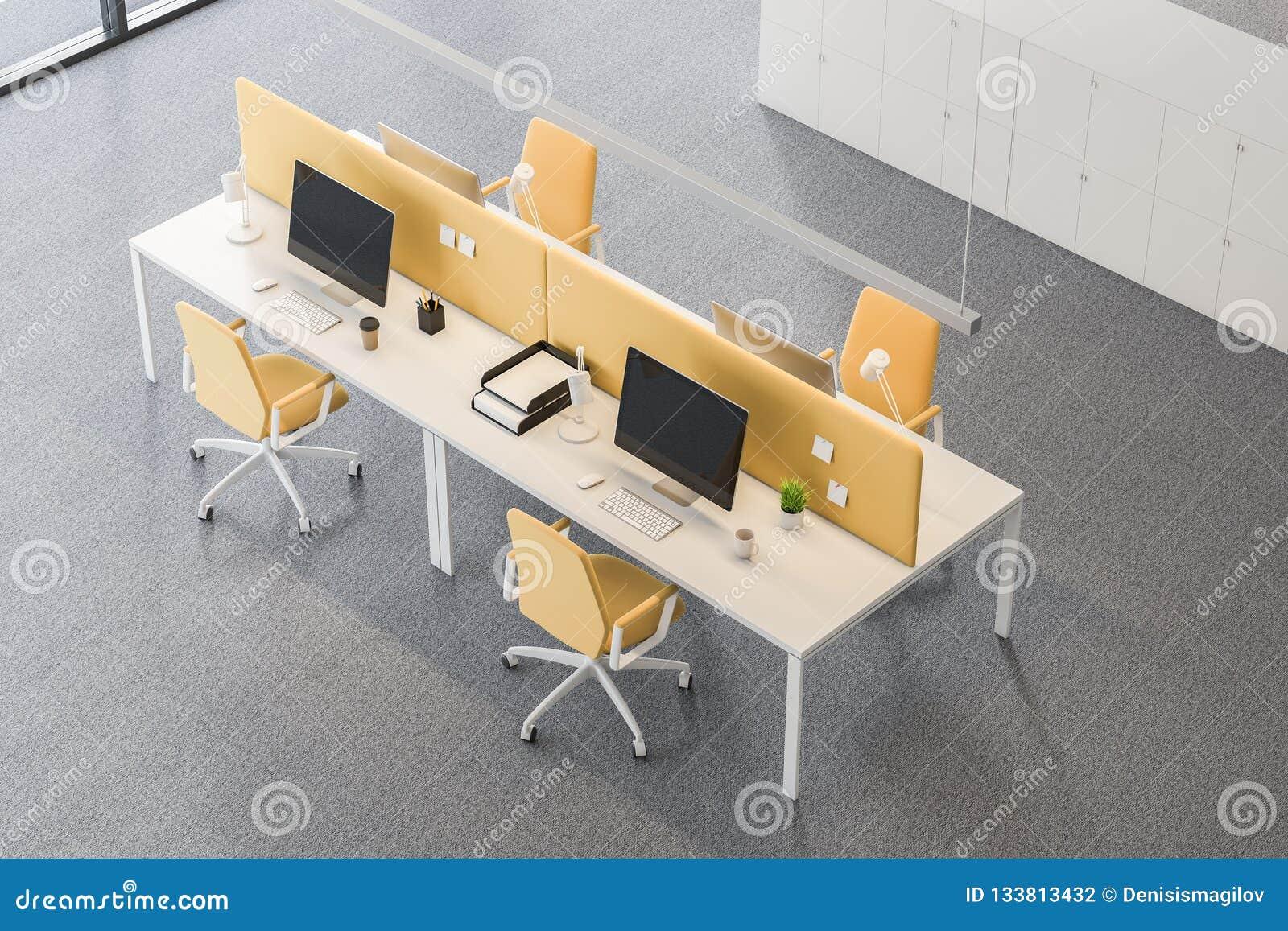 Vue supérieure du lieu de travail blanc et jaune de bureau