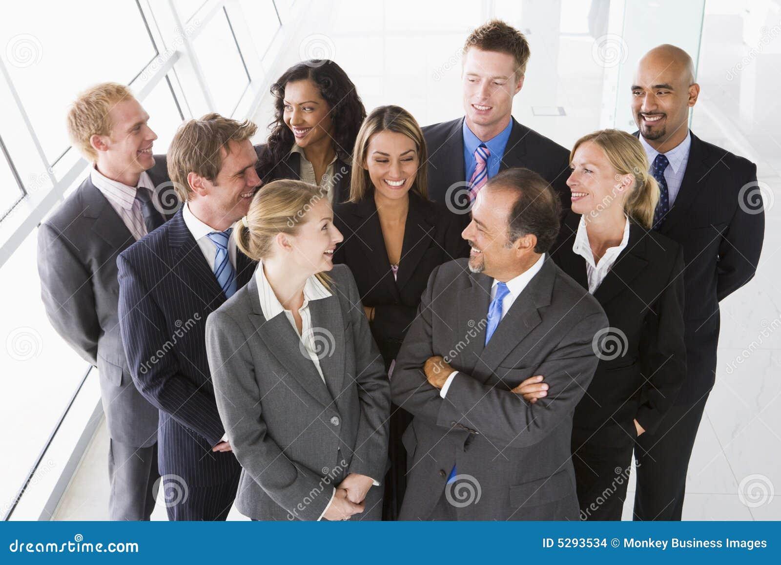 Vue supplémentaire de personnel administratif
