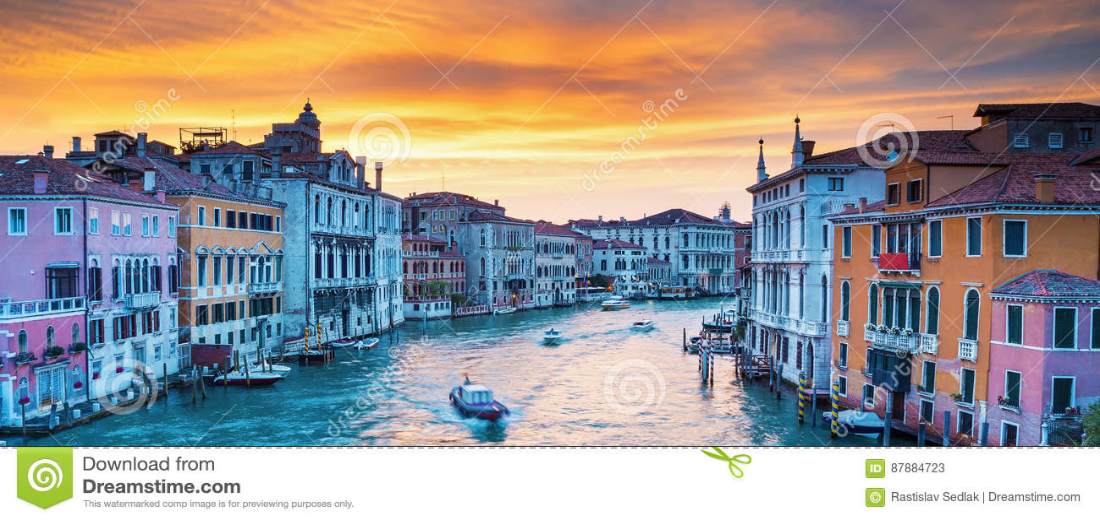 Vue sur Grand Canal à Venise romantique, Italie