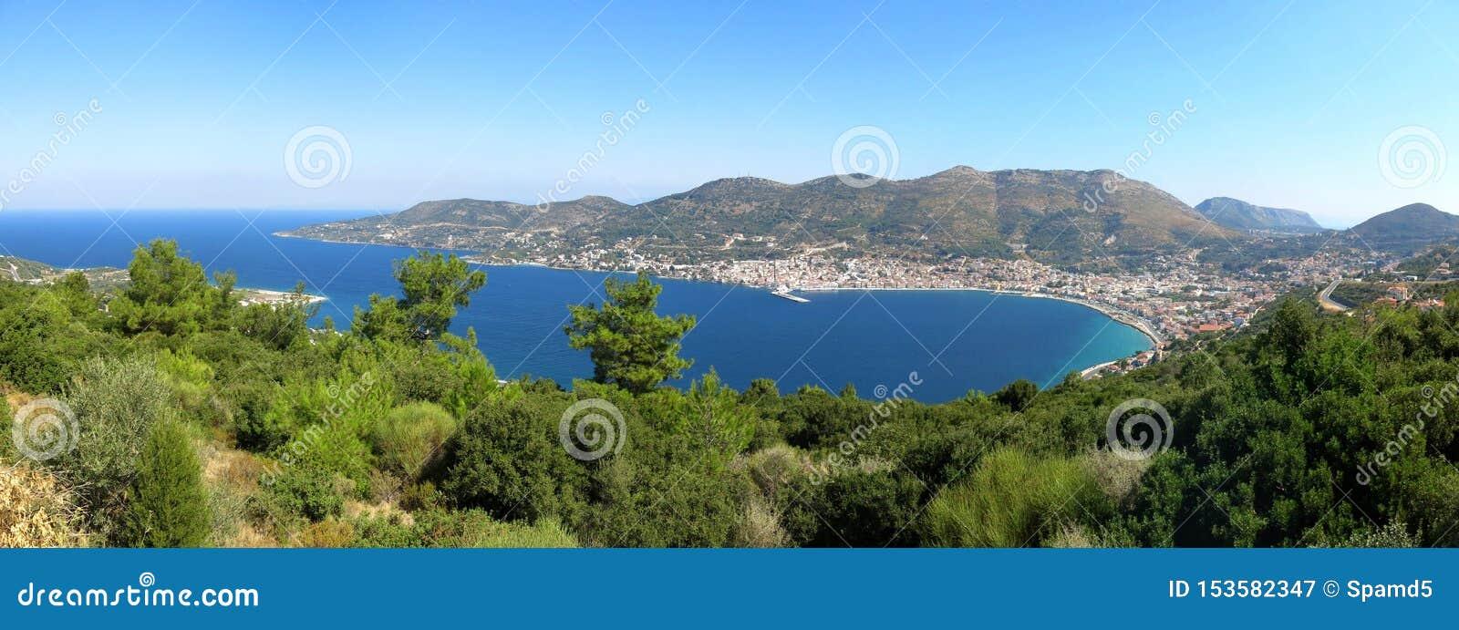 Vue sur la capitale de l île de Samos