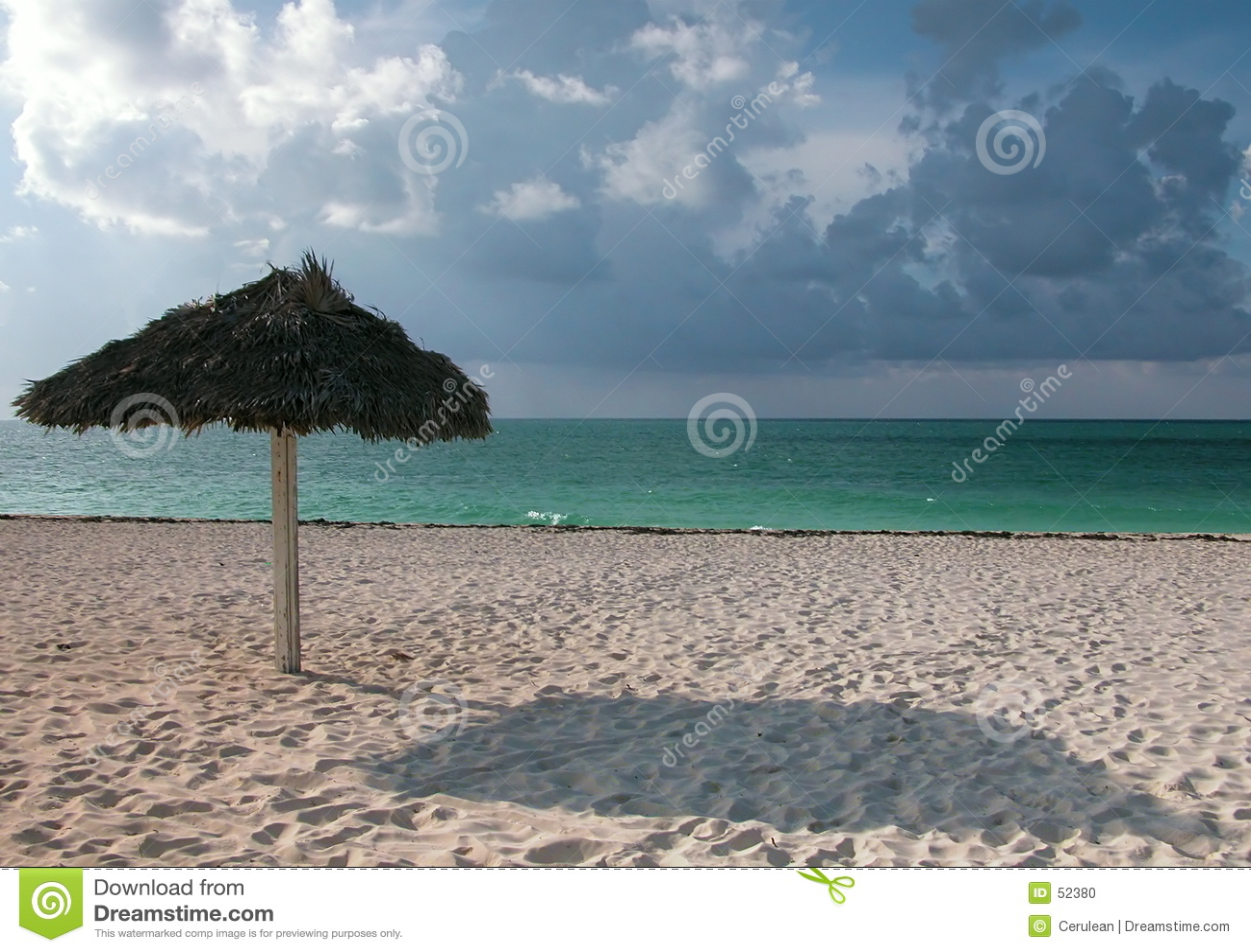 Download Vue tropicale photo stock. Image du plages, merveille, course - 52380