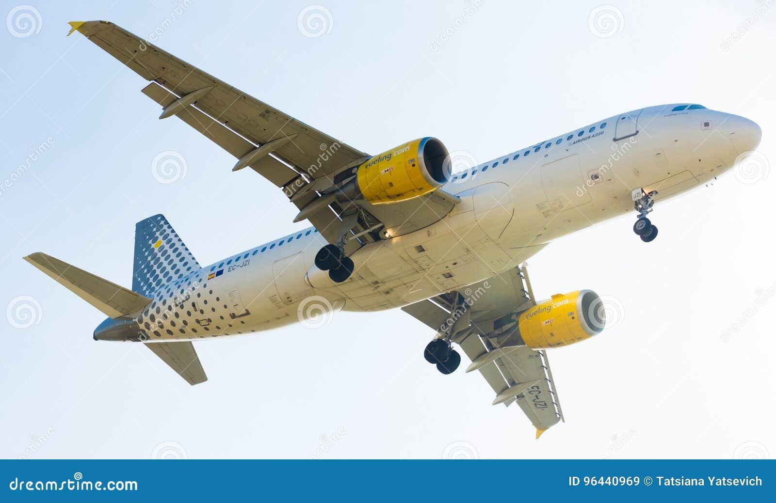 Vueling Airlines-vliegtuig het landen