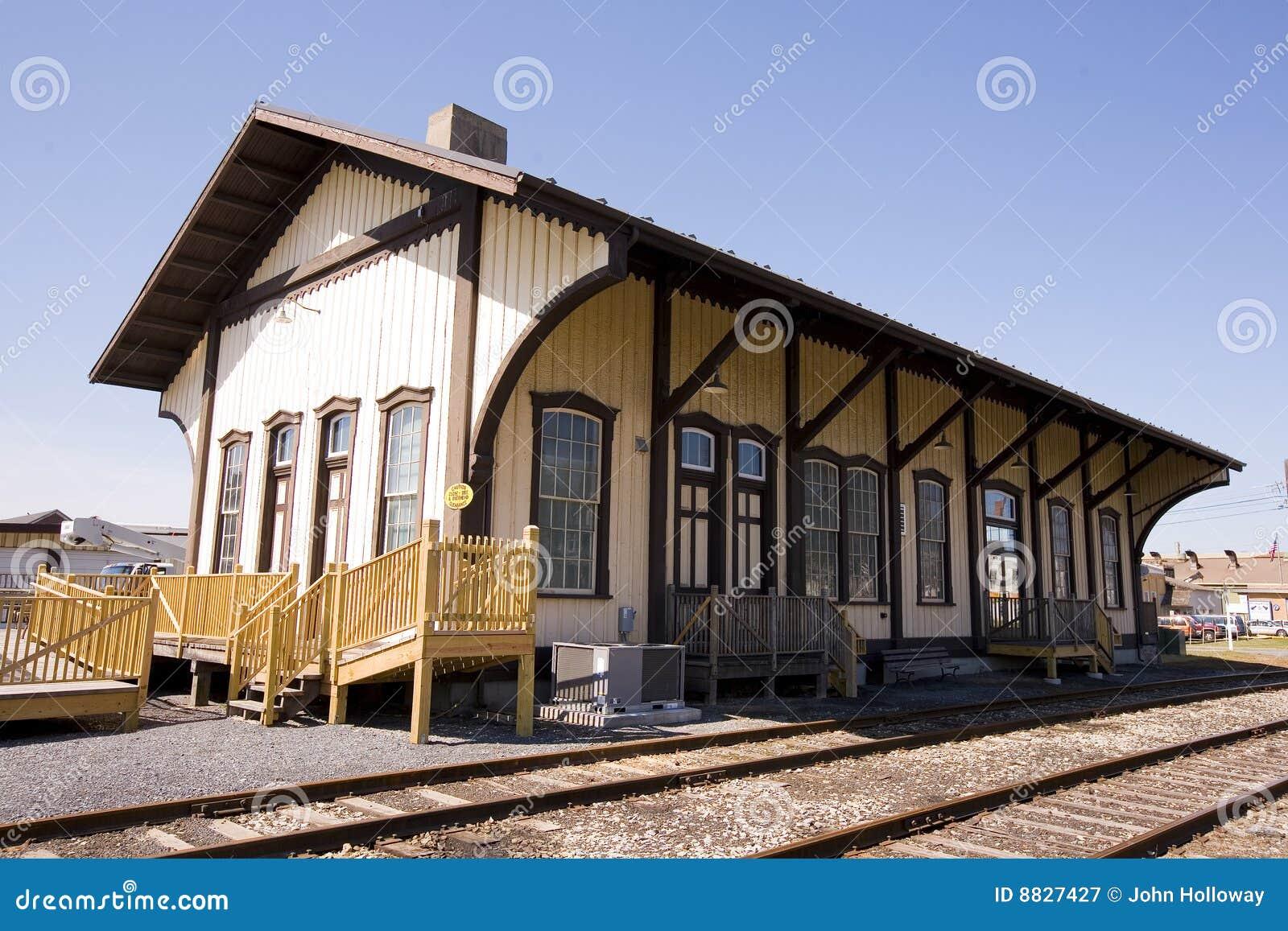 Vuelta de la estación de tren del siglo