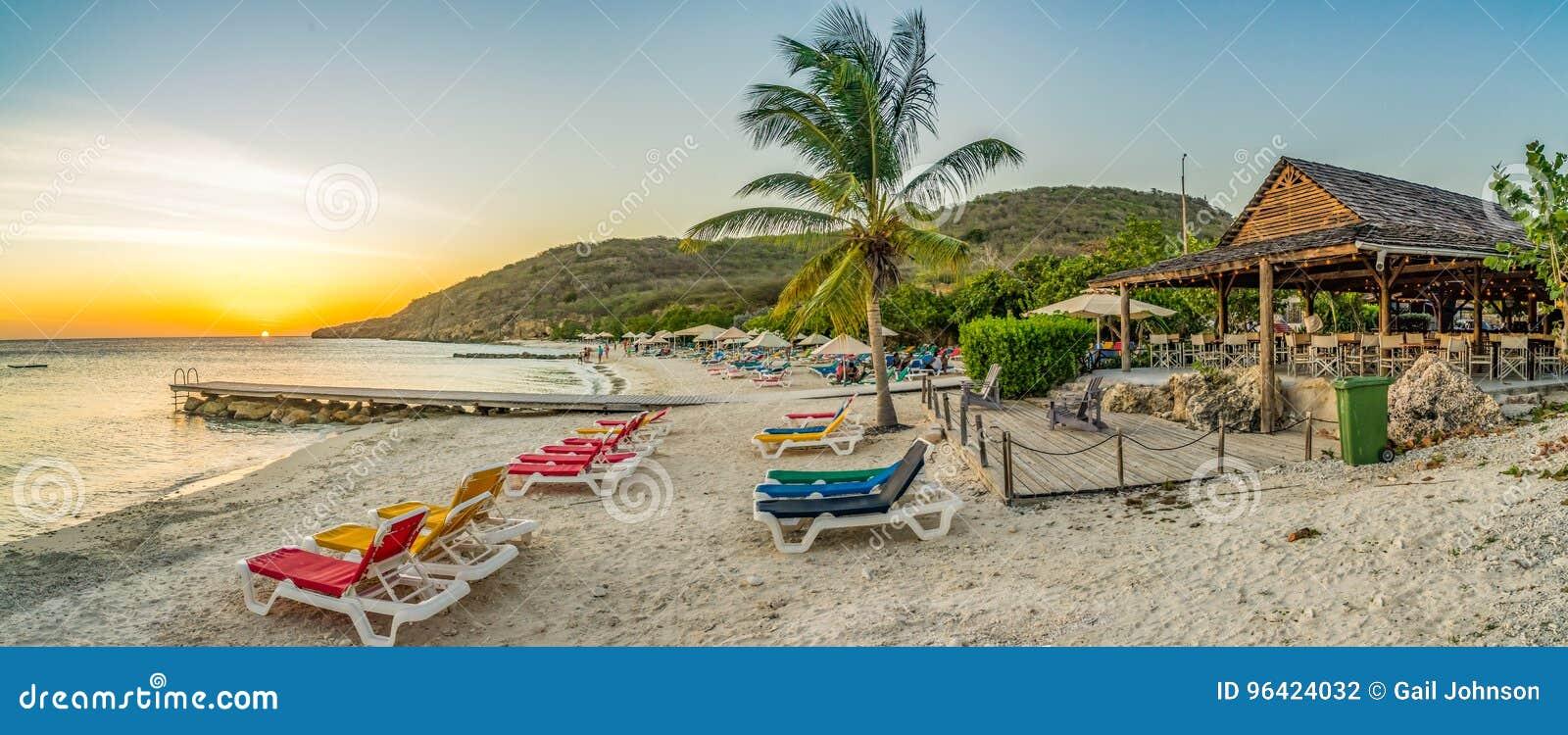 Vues du Curaçao de plage de PortoMarir