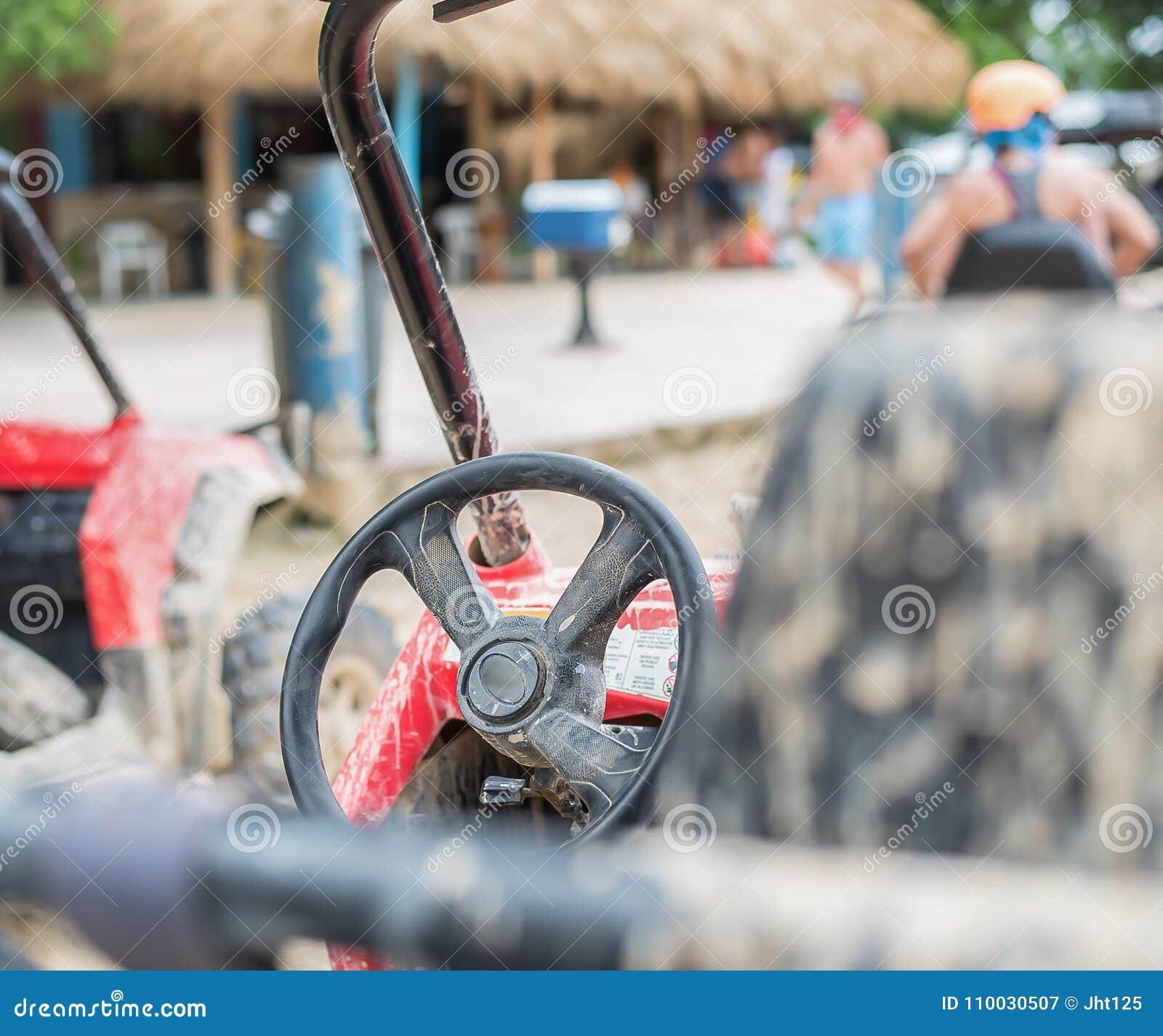 Vuilfietsen en ritten in modder in Dominicaanse Republiek