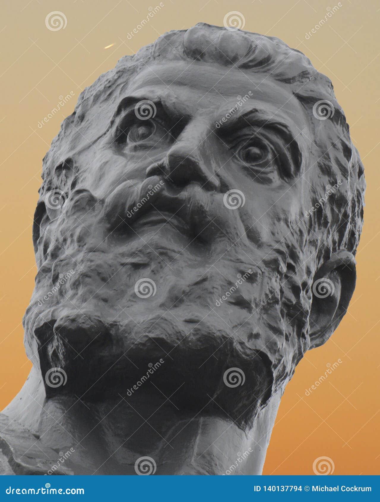 Vulcan, Roman God di fuoco e del primo piano di tramonto della forgia