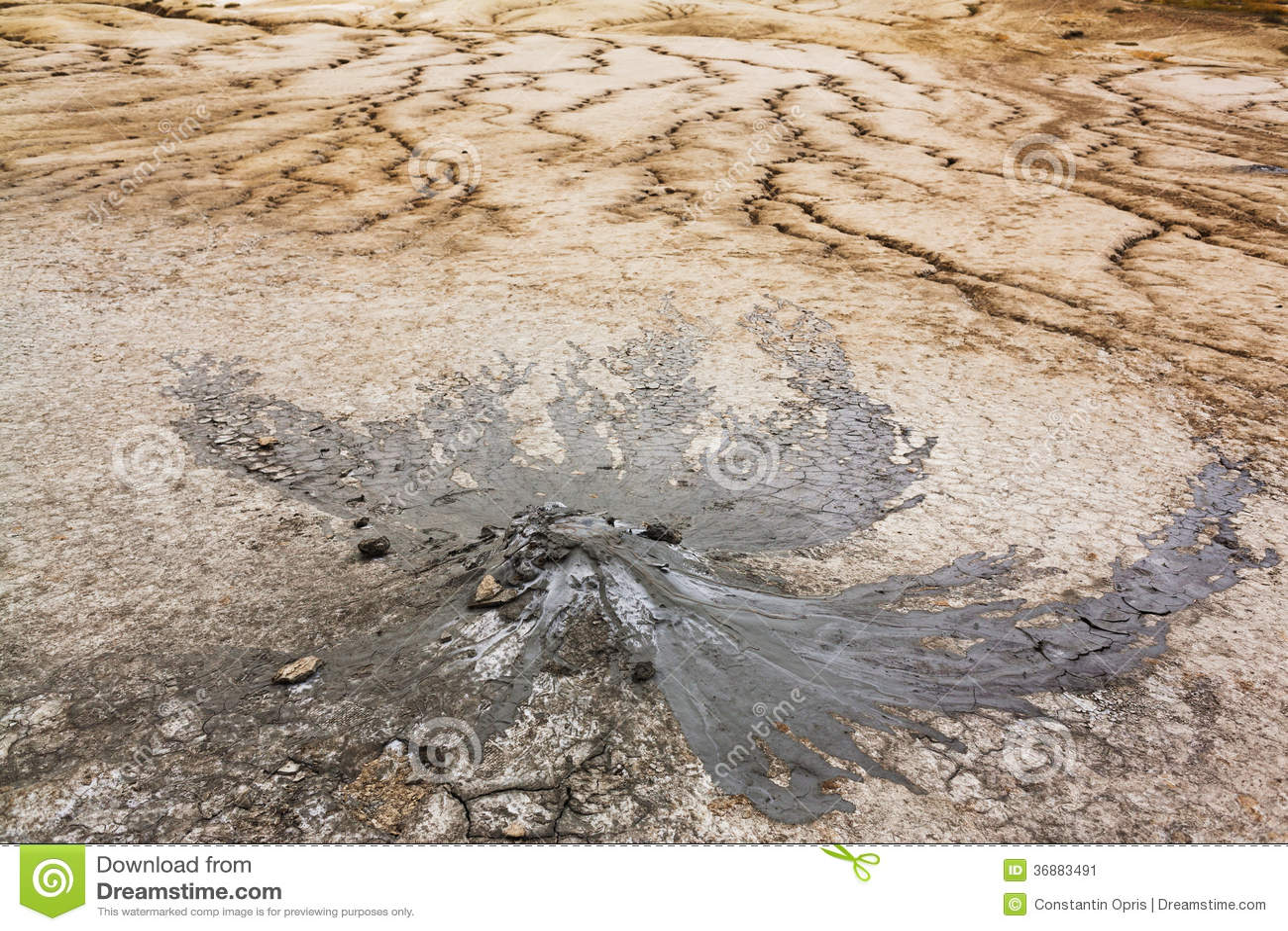Download Vulcano del fango immagine stock. Immagine di terreno - 36883491