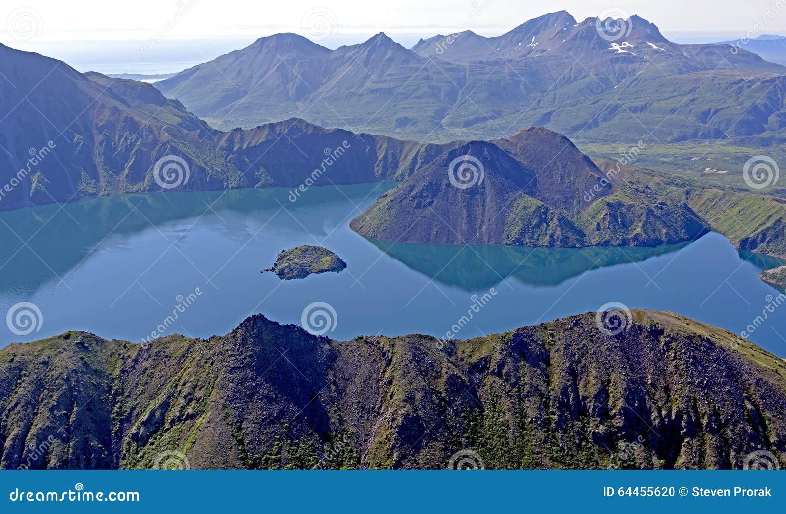Vulkanisk Caldera som beskådas från över