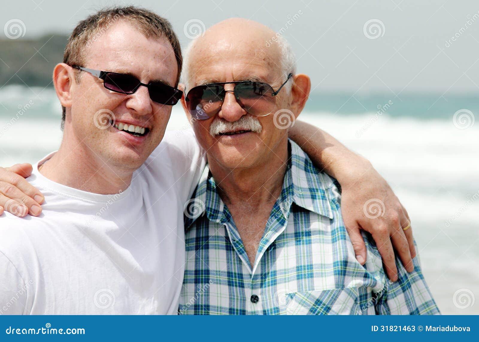 Vuxen son och fader
