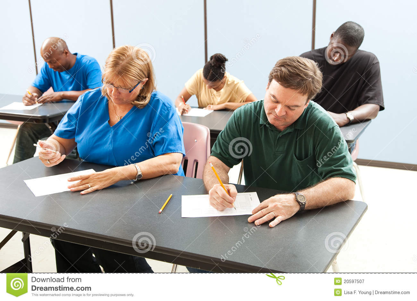 Vuxenutbildning som tar provet