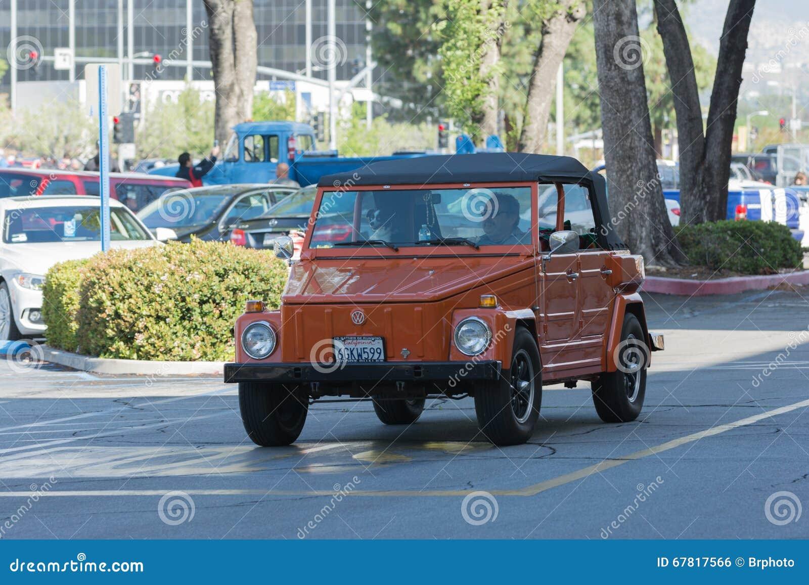 Vw 181 Safari Jeep Foto Editorial Imagem De Jeep Safari 67817566