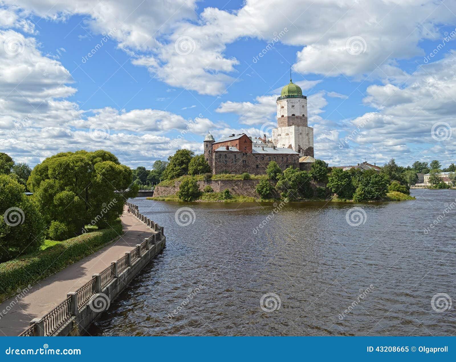 Download Vyborg Vyborg slott fotografering för bildbyråer. Bild av militär - 43208665