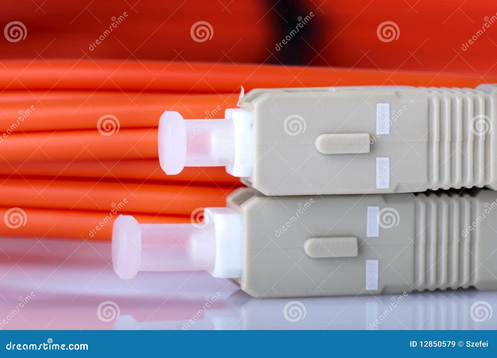 Włókno światłowodowe kable