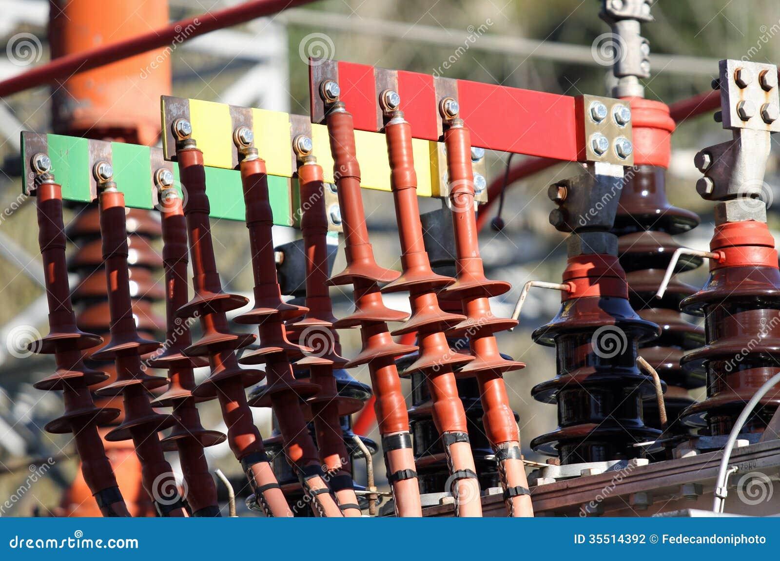 Włączniki miedziują Busbar i słupy transformator powerho