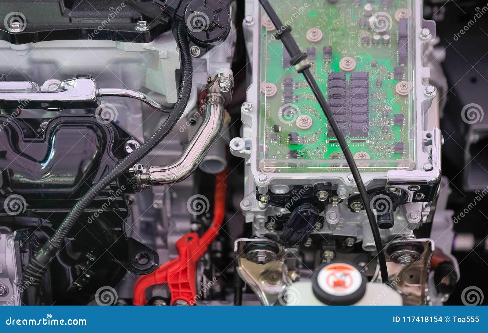 Władz elektronika kontrola w Parowozowym hybrydowym samochodzie