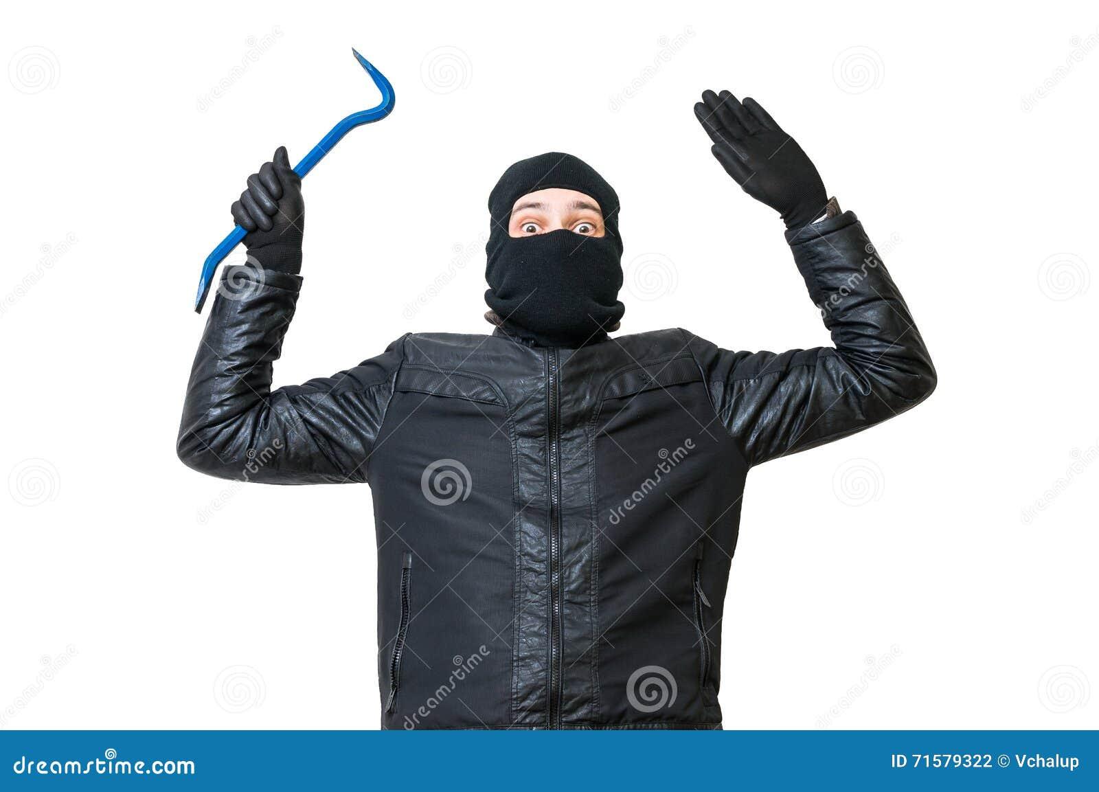 Włamywacz lub złodziej stawiamy ręki up Aresztujący rabuś daje up