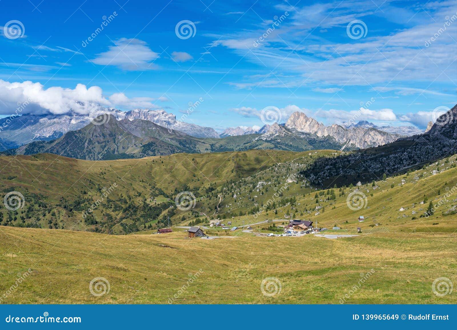 Włochy dolomitów moutnain - Passo Di Giau w Południowym Tyrol