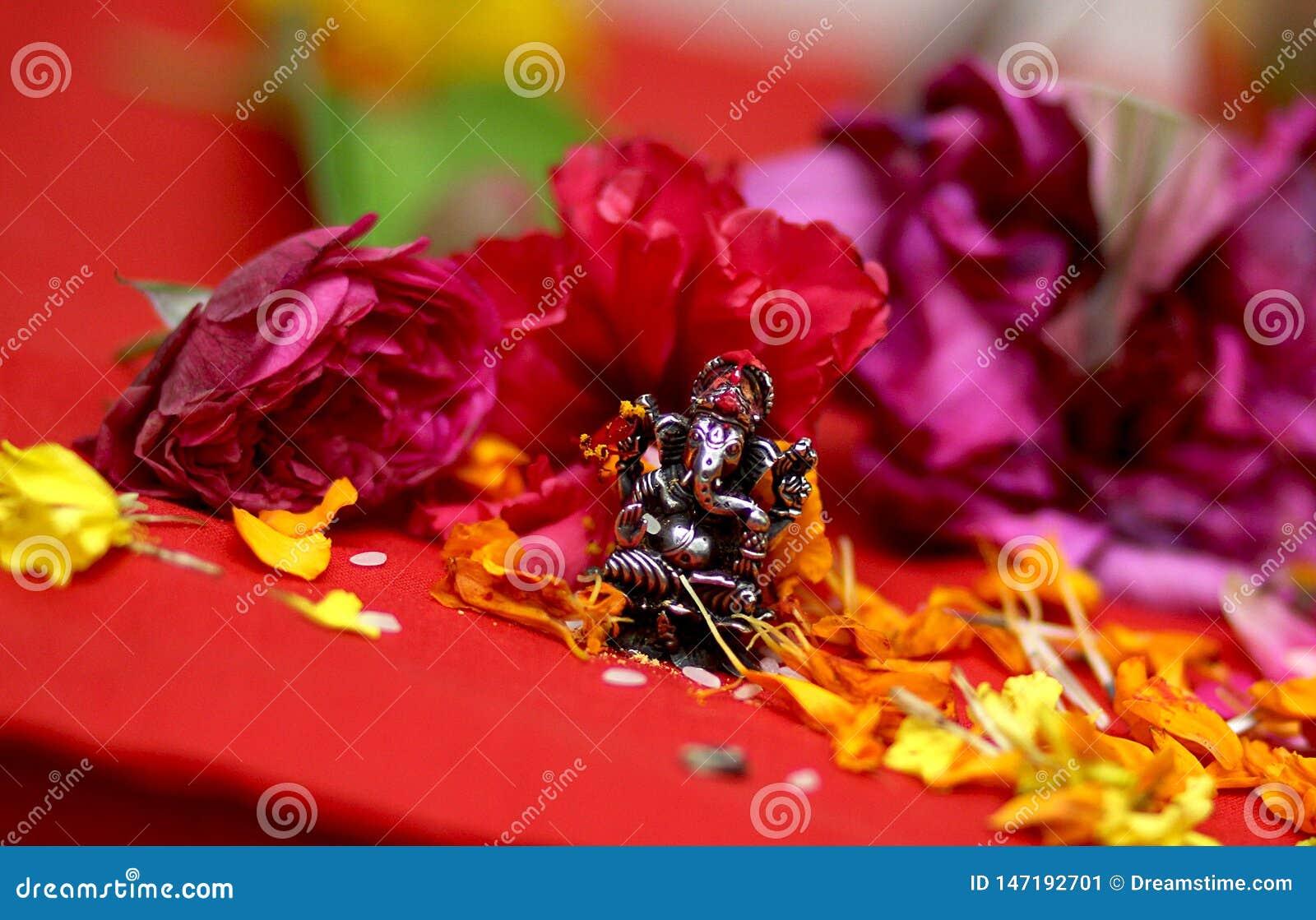 W?adyki Ganesha idol