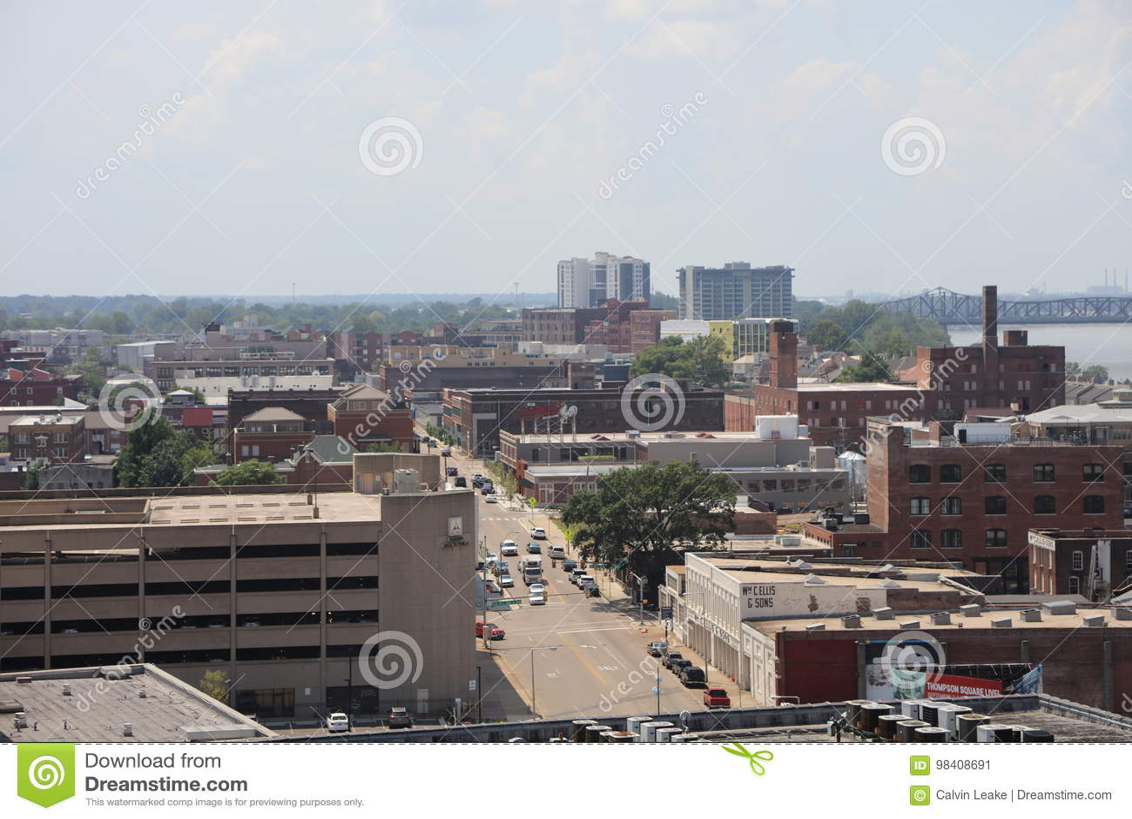 W centrum Memphis Mgława linia horyzontu