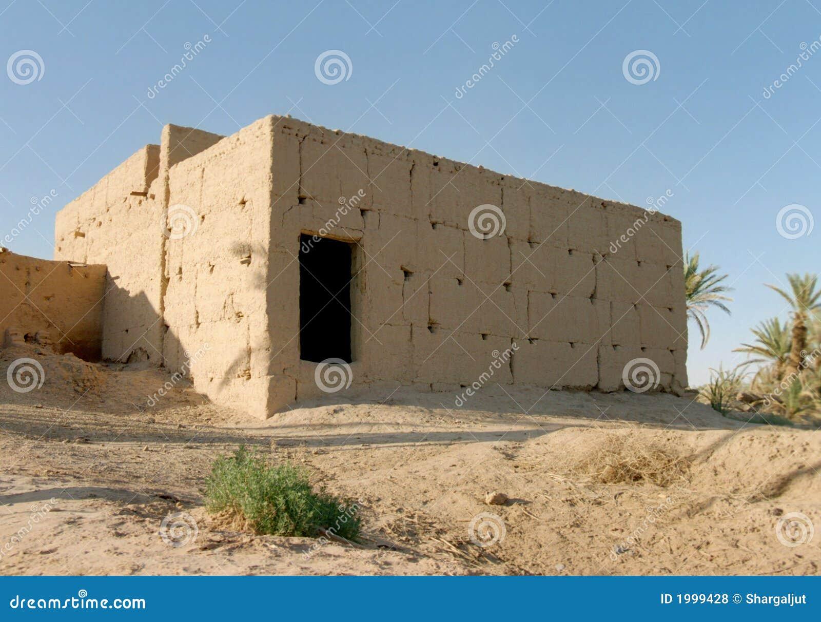 W domu 1 stary maroka