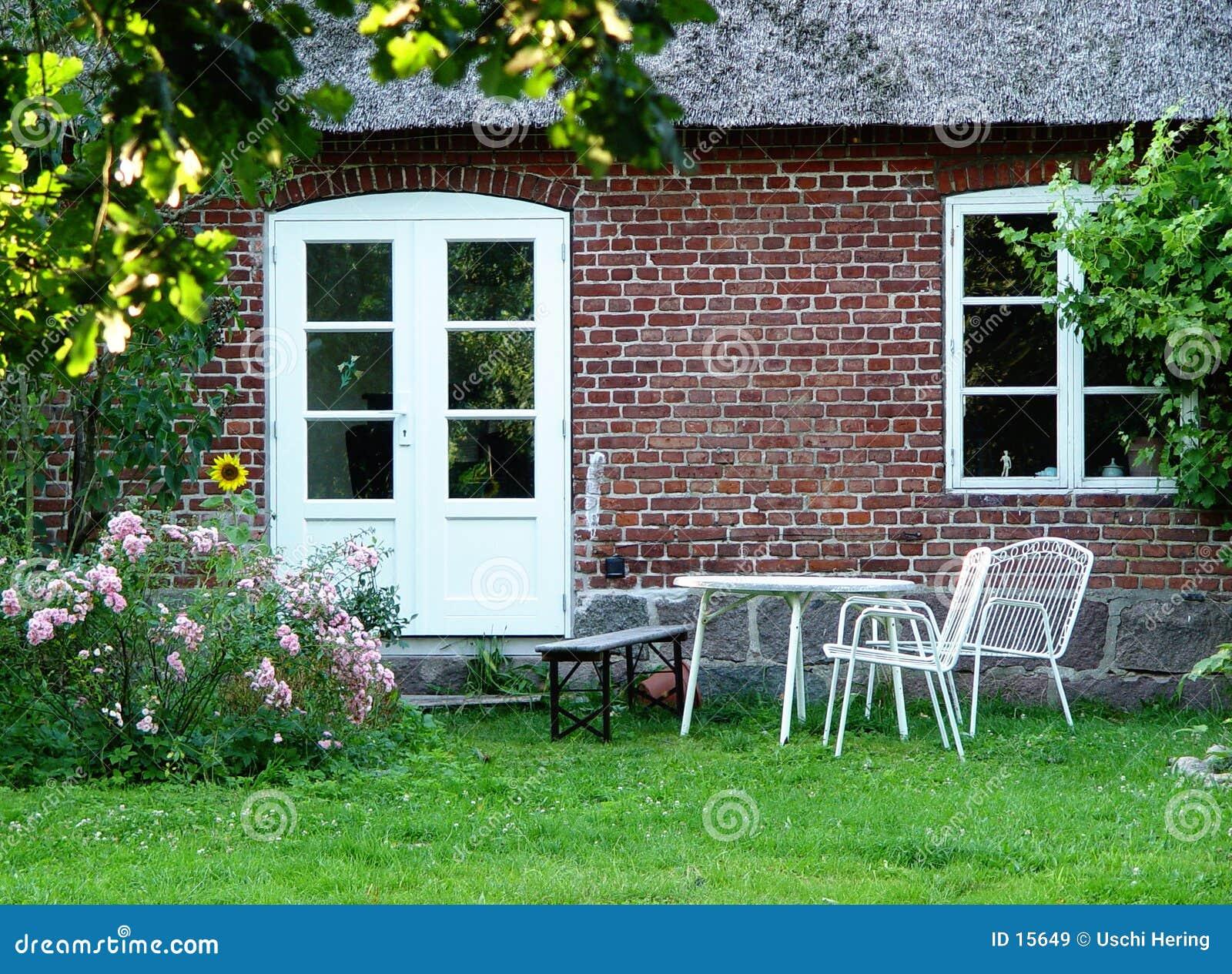 W domu na zewnątrz