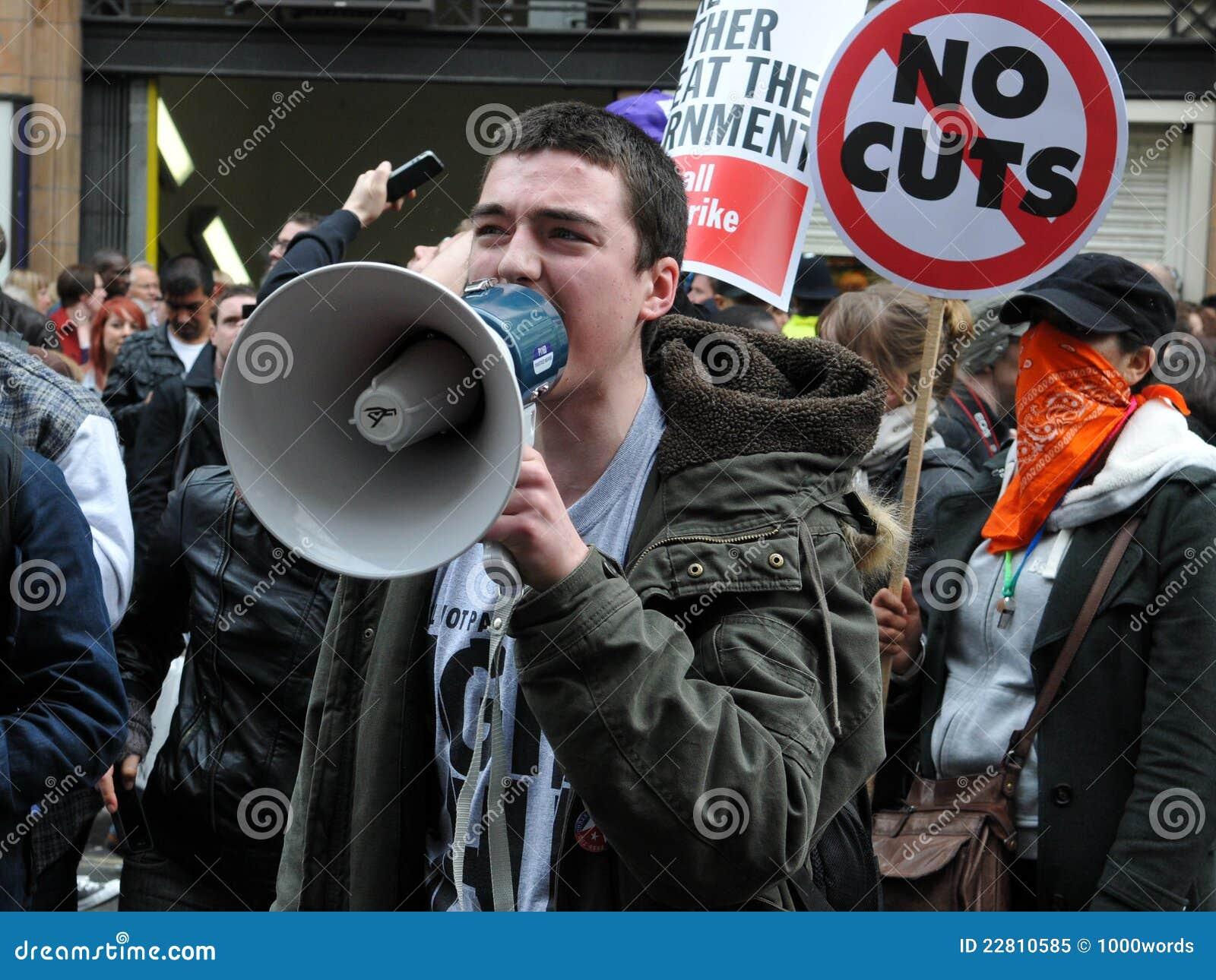W Londyn surowość Protest