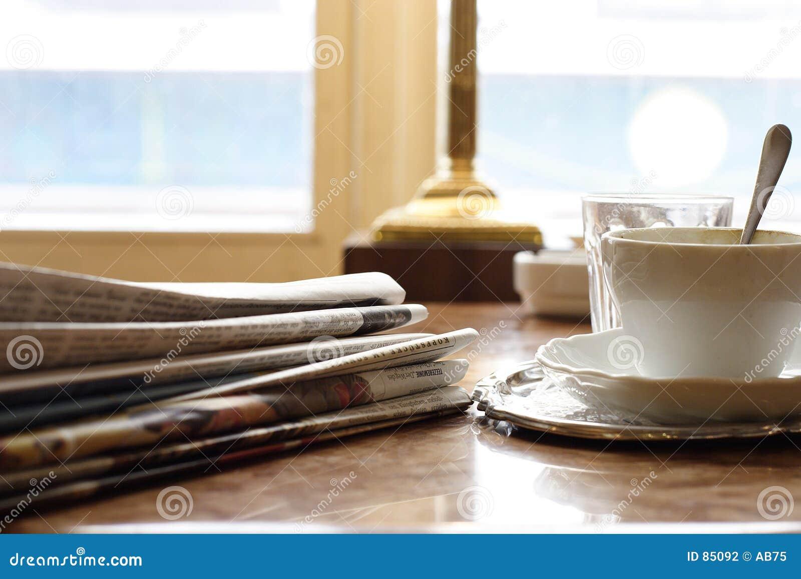 W niedzielę rano gazety