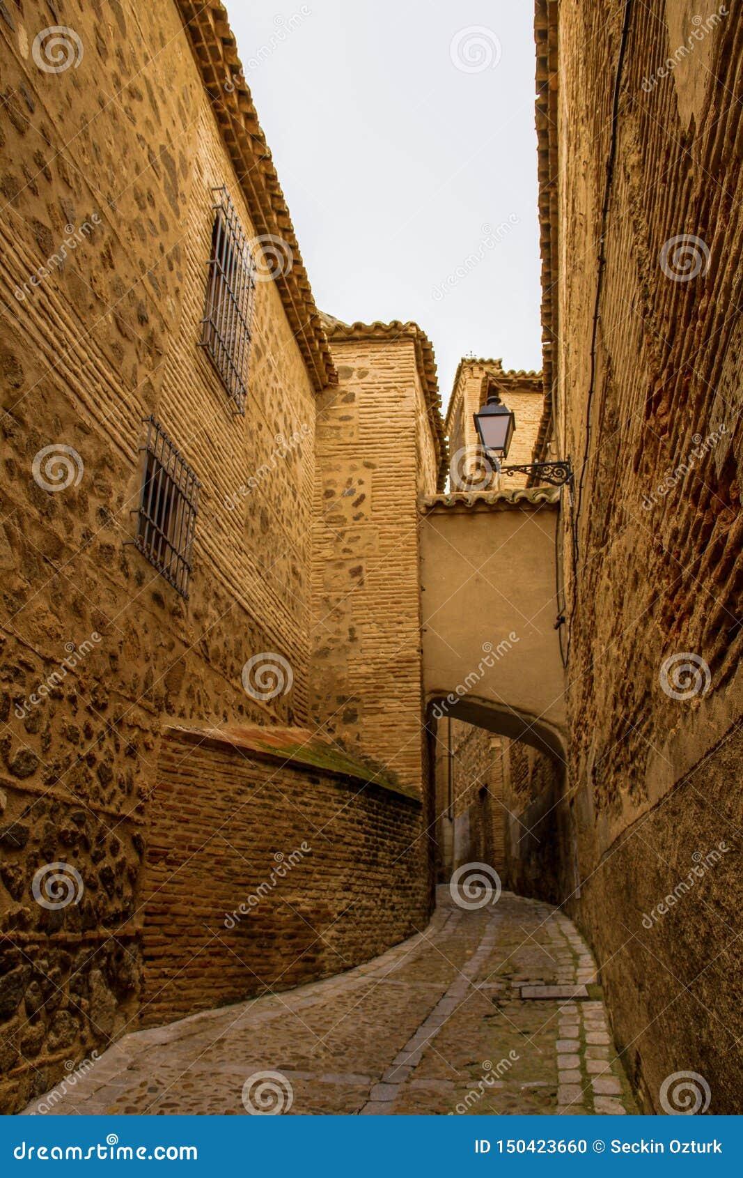 W?ska ulica Toledo, Hiszpania