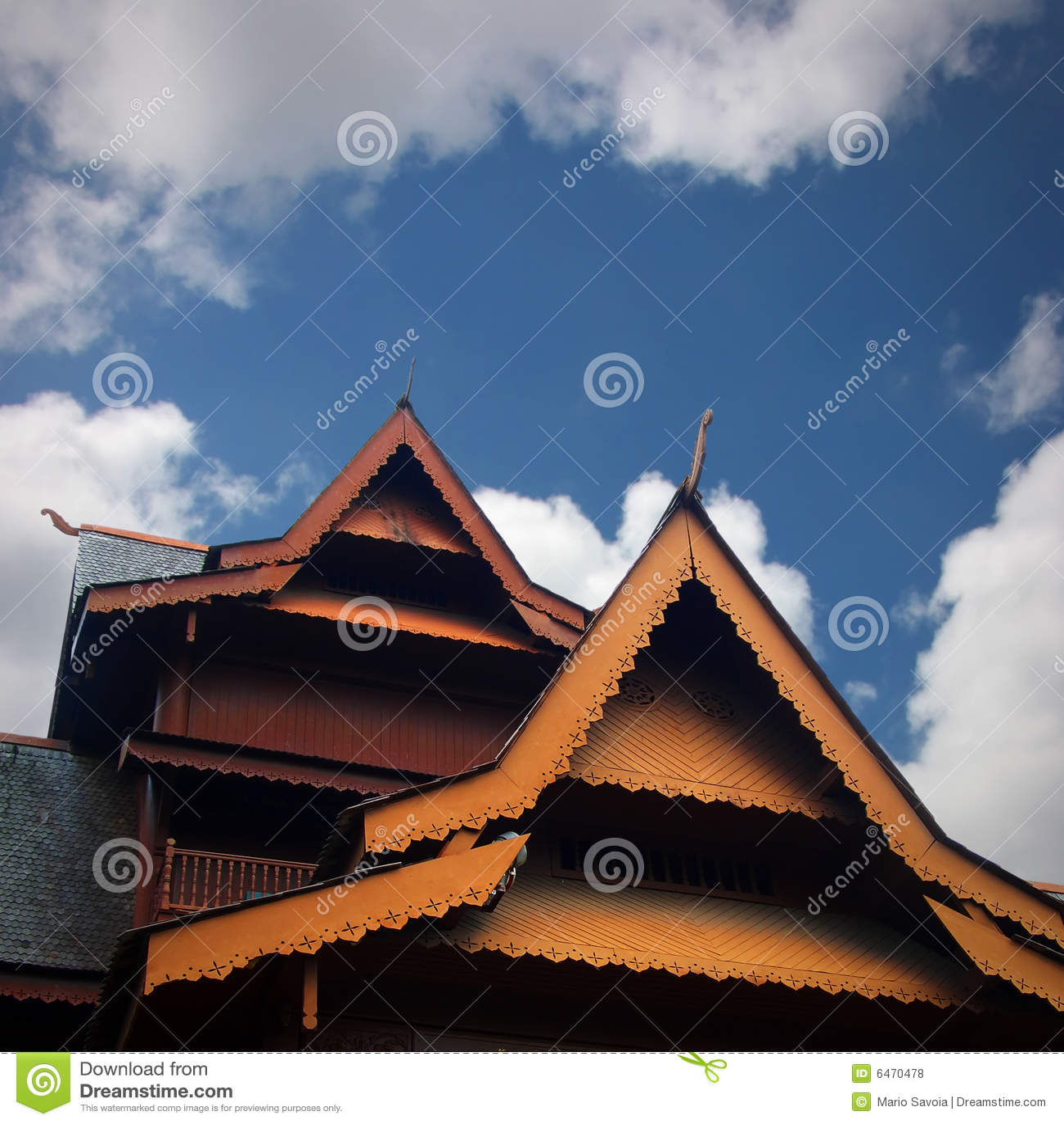 W tek dach