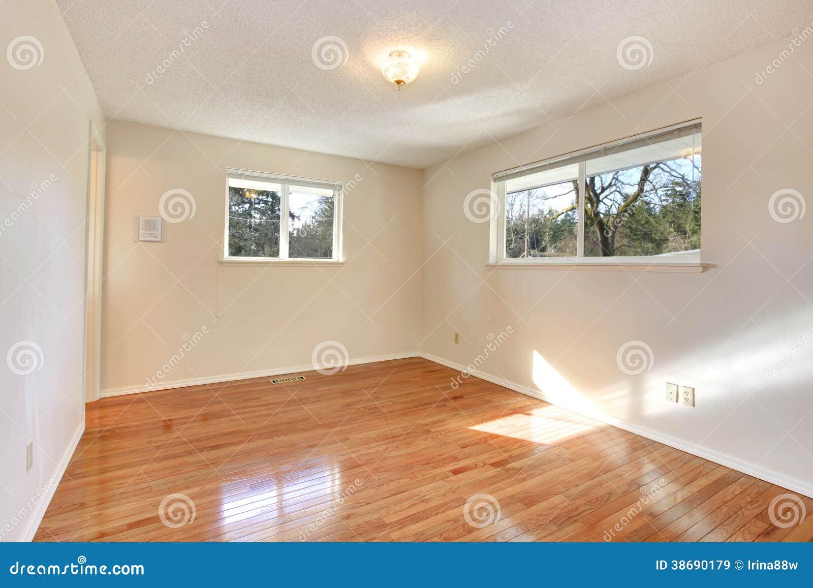 Waarschuw kleuren lege ruimte met twee kleine vensters