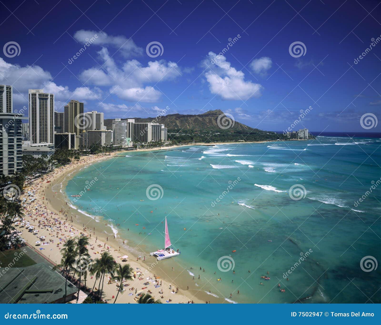 Waikiki Beach Hawaii Stock Image Image Of People Crowd