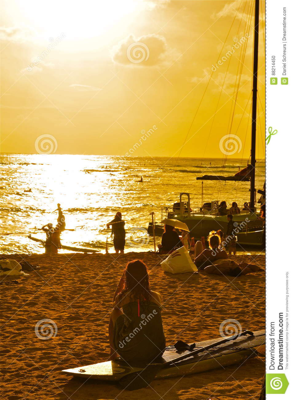 Waikiki Beach Honolulu Sunset Editorial Image Image Of