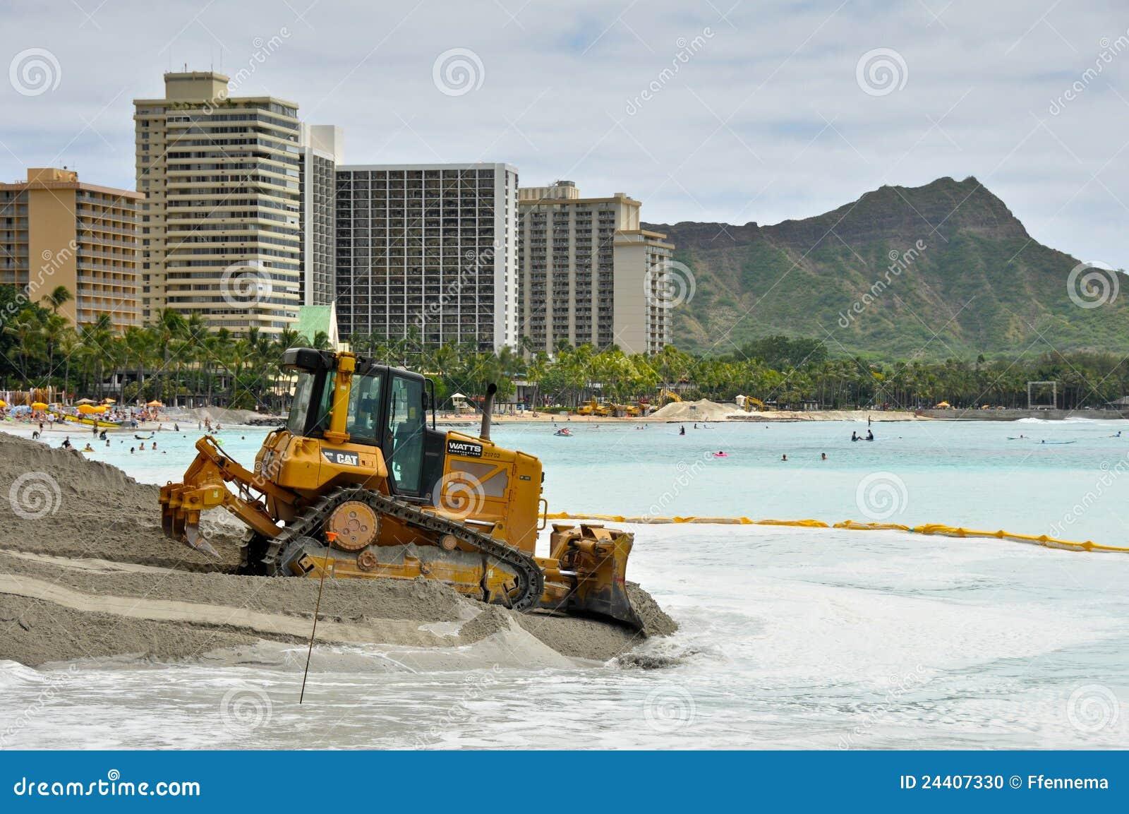 Heavy Equipment Maintenance : Waikiki beach maintenance project heavy equipment