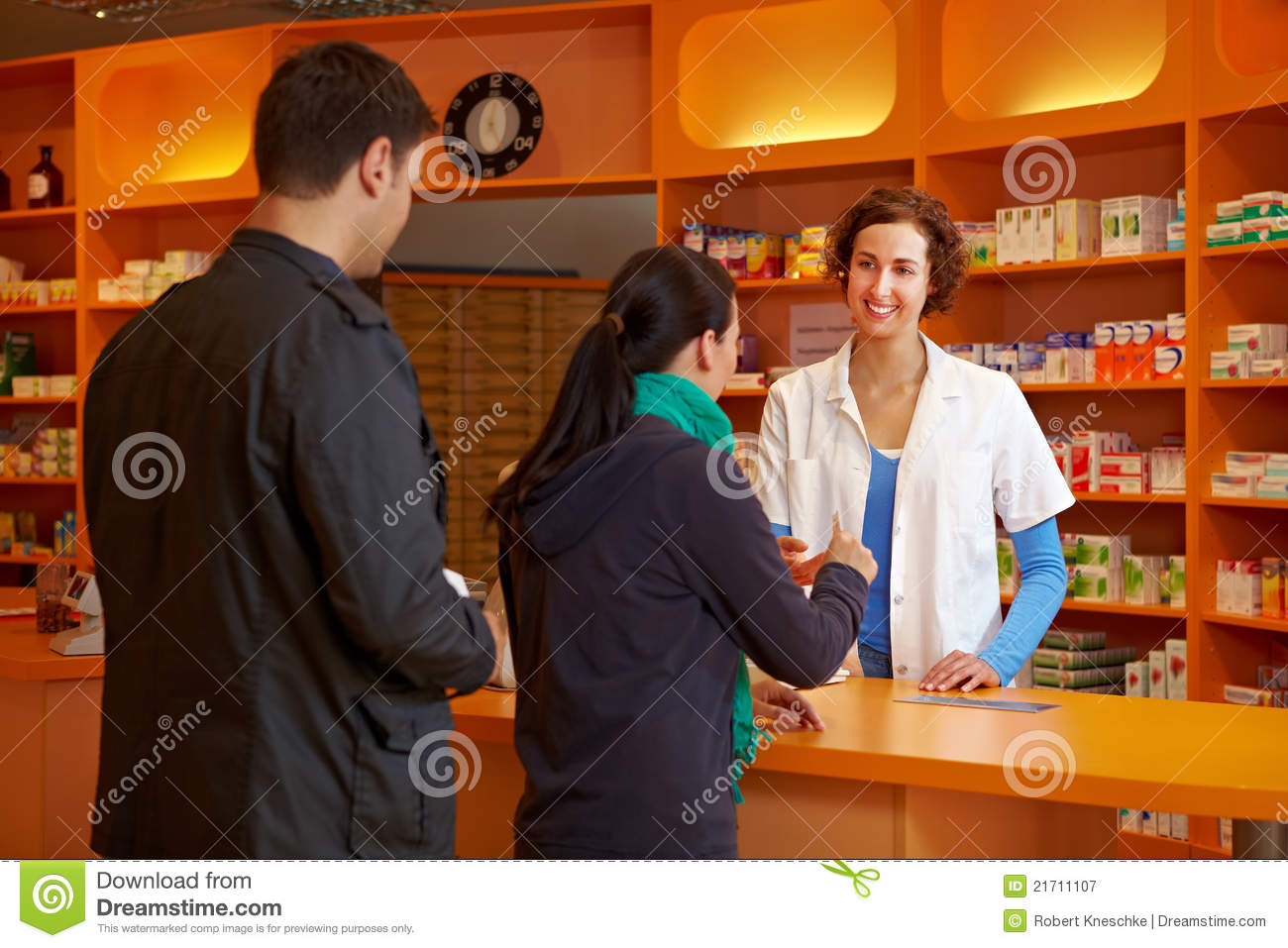 """Journal Entry about """"Waiting in Line at the Drugstore""""(Miranda Zhao)"""