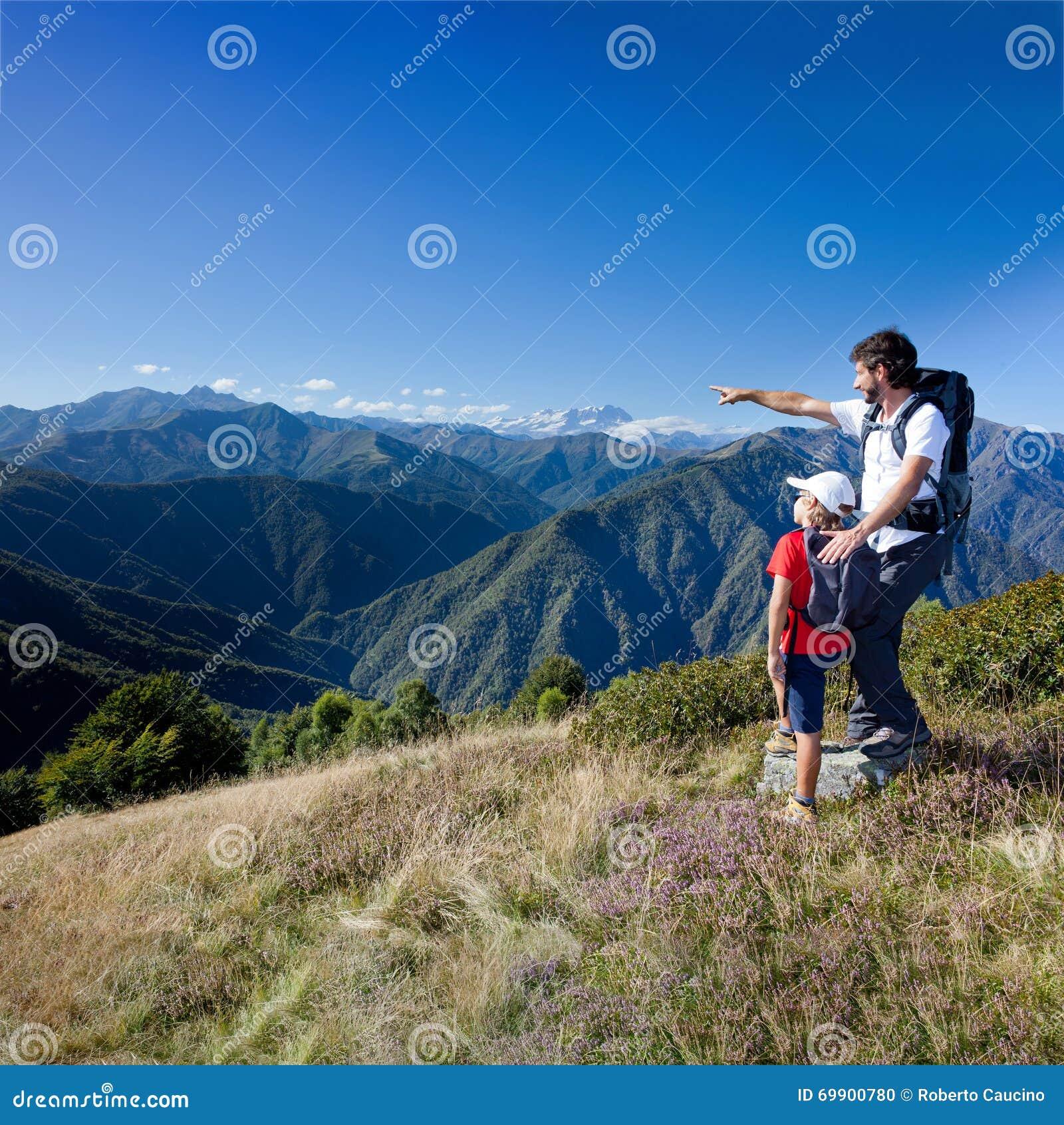 Wakacje w górze Ojca i potomstwo syna pozycja w a