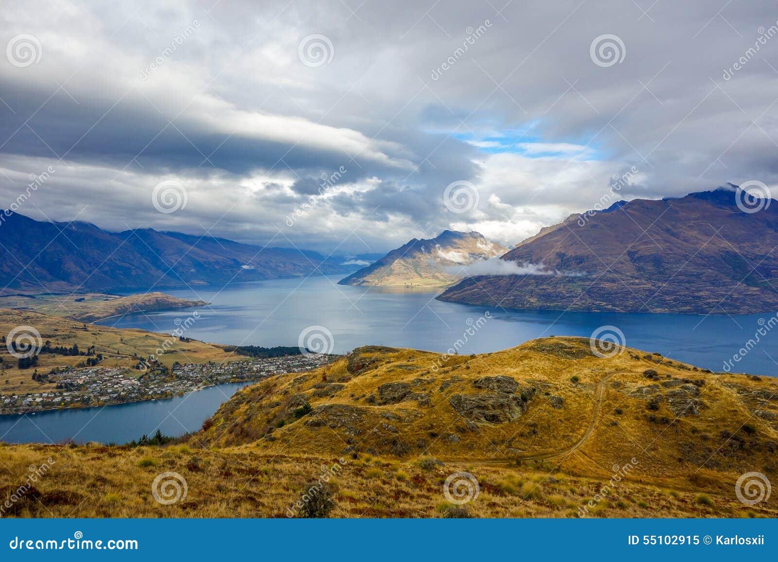Wakatipumeer - Queenstown-Heuvel - Nieuw Zeeland