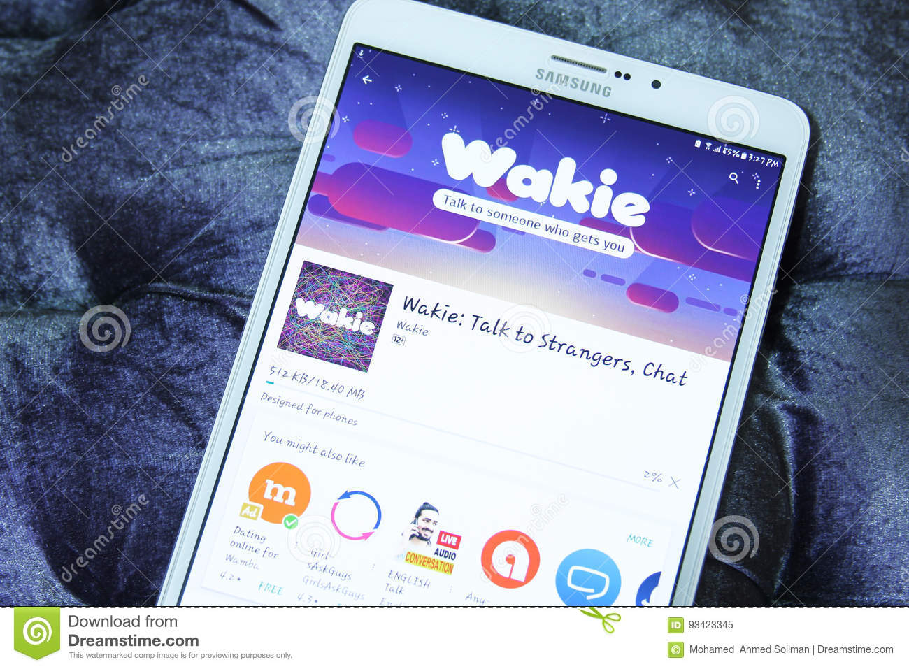 Wakie Talk, Chat Mobile App Editorial Image - Image of networks