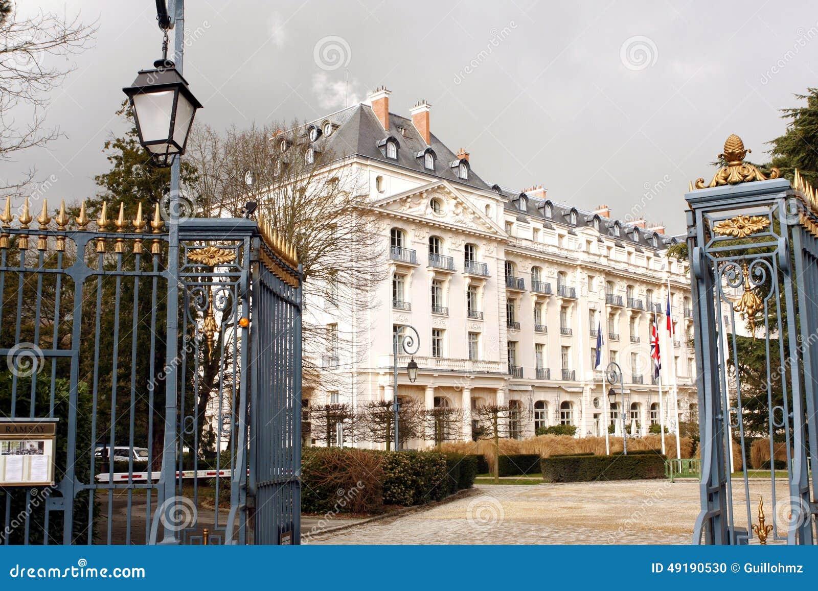 Waldorf astoria trianon palace hotel versailles editorial image image of hotel waldorf - Hotel trianon versailles ...